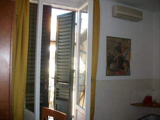 Hotel Centro: notre fenêtre de chambre