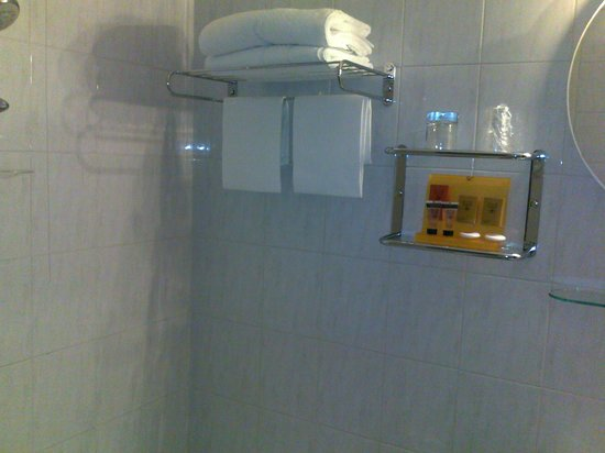 Hotel Fenice: Asciugamani e saponi