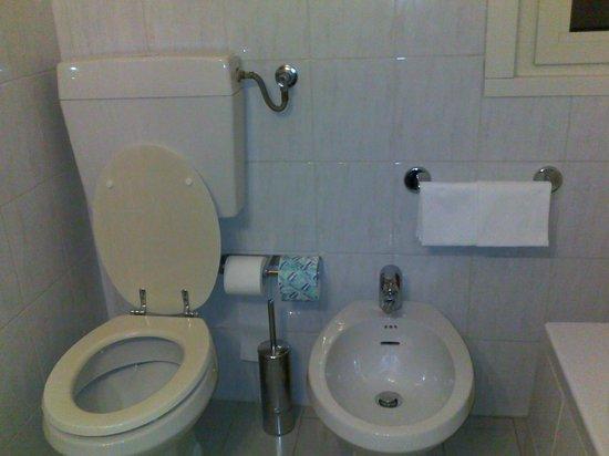Hotel Fenice: Bagno