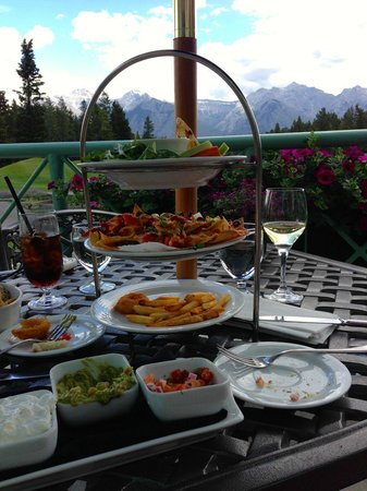 The Golf Bag - lunch at Banff Springs Golf Course