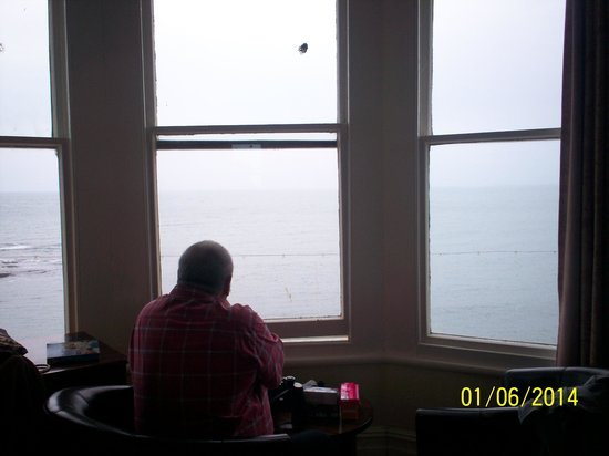 The Glengower : sea view room