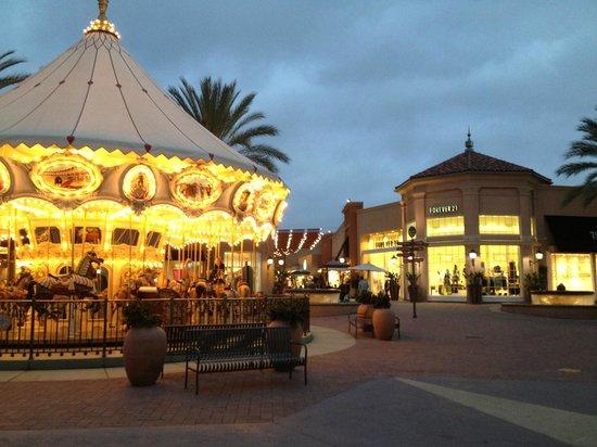 Irvine Spectrum Center: playing area