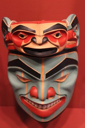 Totem Heritage Center: Mask