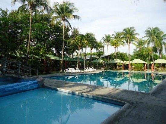 Hotel El Atlantico : Area de piscinas
