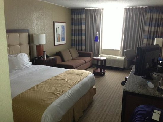 DoubleTree by Hilton Hotel St. Louis - Westport : Room 829 - Great Hotel
