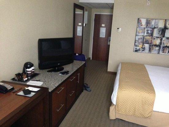 DoubleTree by Hilton Hotel St. Louis - Westport : Room 829 - Great Hotel