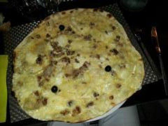 La Cardabelle : Pizza pinchinelle (creme fraiche, chevre, marron)