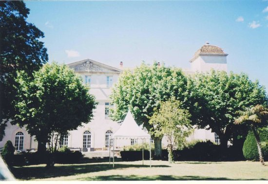 The elegant gardens and architecture of the Chateau de Lignan