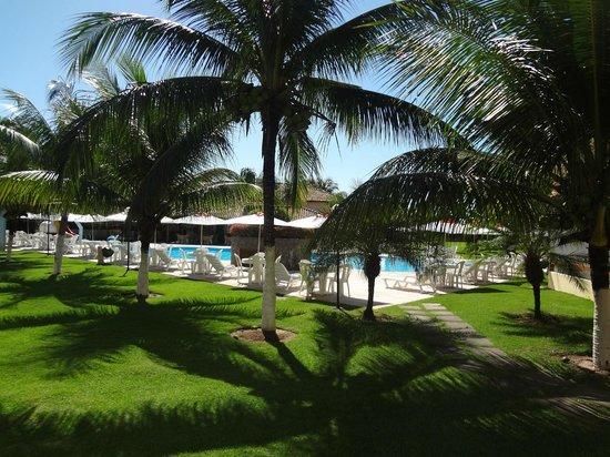 Coroa Vermelha Praia Hotel : area das piscinas