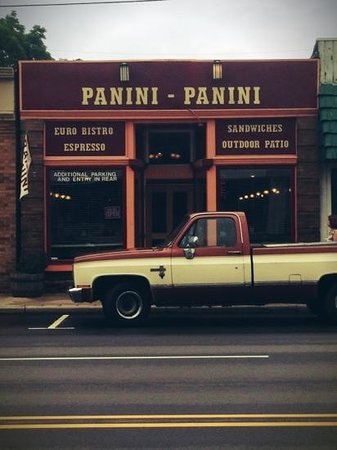 Panini Panini: best hole in the wall lunch place