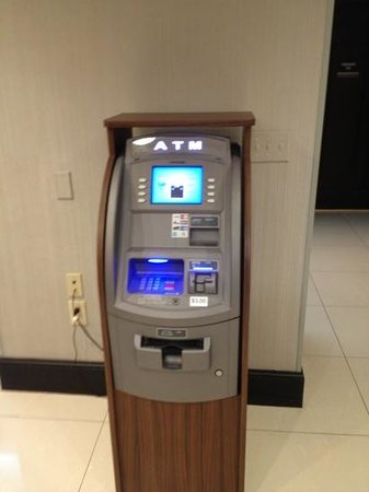 Fairfield Inn & Suites Atlanta Downtown: ATM