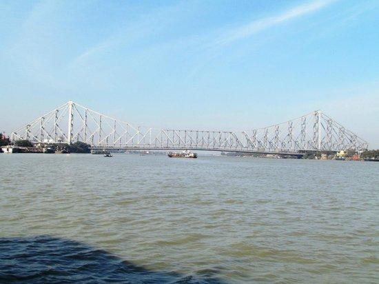 Howrah Bridge: bridge 1