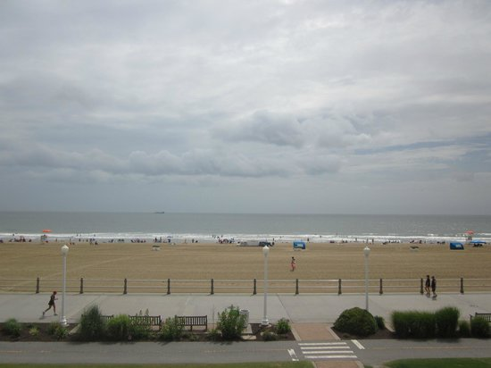Econo Lodge on the Ocean : View from room
