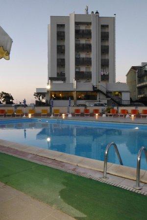 Hotel Avila: stupendo