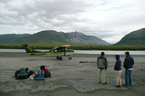 Arctic Backcountry Private Flying Service: Drop off for upper Noatak River backpack trip.