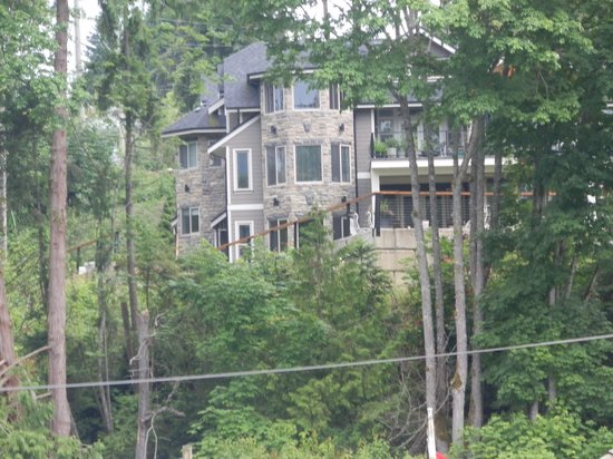 Cowichan Bay Guest Suites: House from the Bay