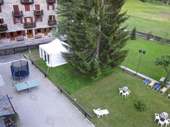 Hotel Monte Cervino: il giardino
