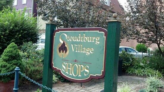 Stoudtburg Village: the sign