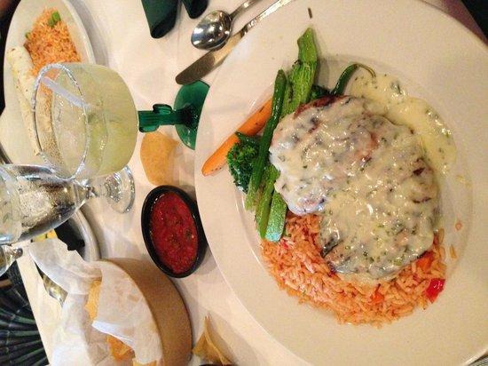 Via Real Gourmet Mexican: Cilantro Chicken & Via Real Skinny Margarita