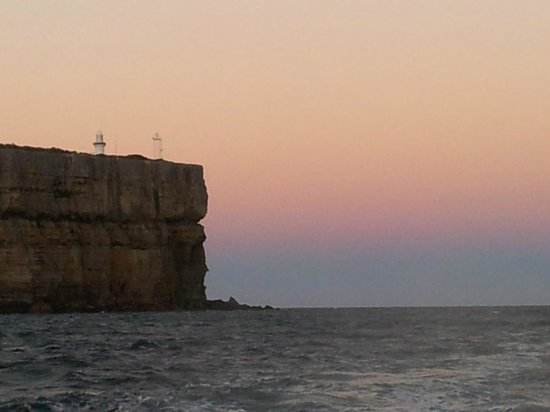 Jervis Bay Eco Adventures-Day Boat Tours: Point Perpendicular at dusk