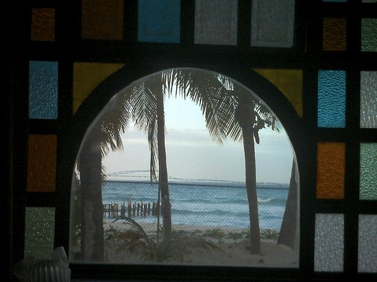 Cabañas Maria del Mar: Window in our room looking out @ the beach