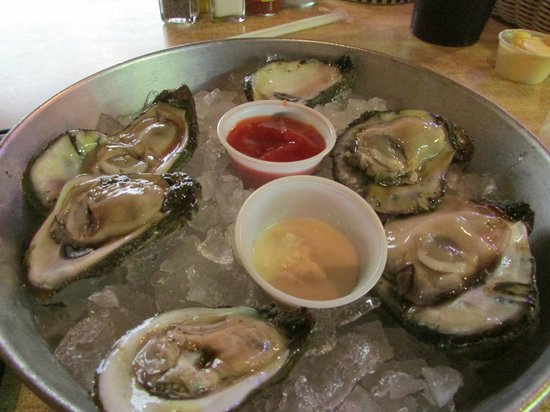 Kenner Seafood INC: Oysters! So yummy!
