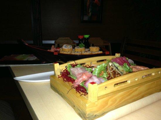 Samurai Sushi: yummy food
