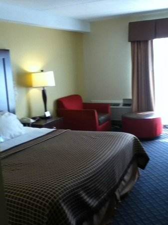 Days Inn by Wyndham Geneva/Finger Lakes: Room