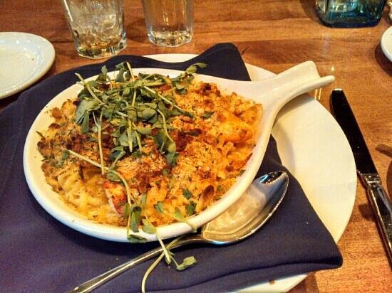 Tuscan Brick Oven Bistro: Lobster macaroni.  Has 1-2 lobster claws of meat inside - huge pieces!  They make their own past