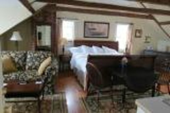 Treadwell Inn: Room 5 - top floor