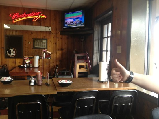 Jim & Milt's Bar-B-Q: Inside view from our table