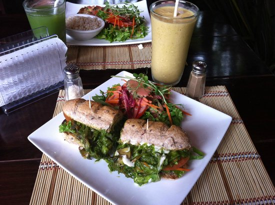 Mantras Veggie Cafe and Tea House: sandwich with mango in almond milk shake