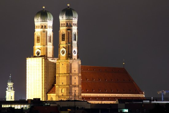 Motel One Muenchen-Sendl. Tor: View from room 820