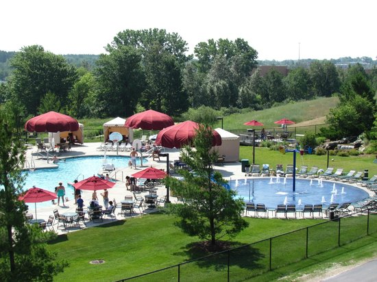 Great Wolf Lodge : Nicely heated outdoor pool