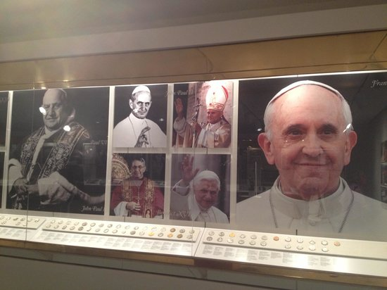 Knights of Columbus Museum: Pope exhibit. Even the rarely seen Pope John Paul I is here