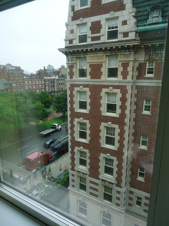 Hotel Commonwealth: The view from our side-street room