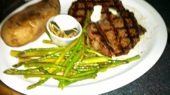 Doc's Riverside Grille: The RibEye! Amazing!
