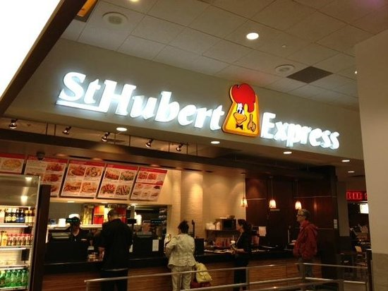 St-Hubert Express: In the airport...