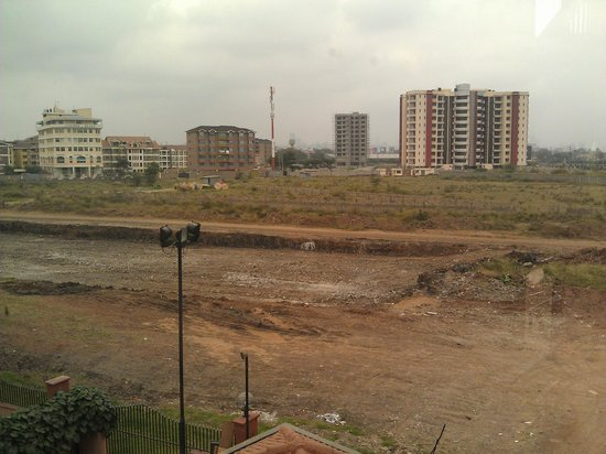 Ole Sereni: View of the opposite side to the park