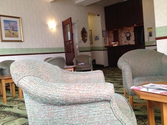 The Long Eaton Hotel : Add a caption