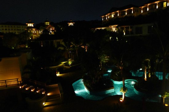 InterContinental Pattaya Resort: Night time