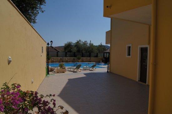 Hotel Corfu Secret: вид на бассейн