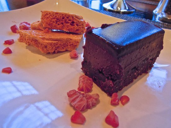 Trevalsa Court : Chocolate brownie with honeycomb and raspberries