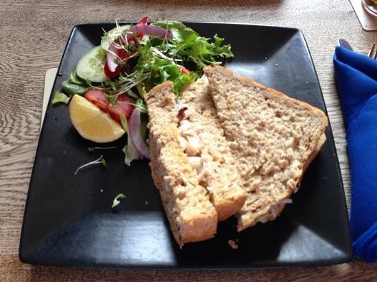 Who'd Have Thought It Inn: crab sandwich