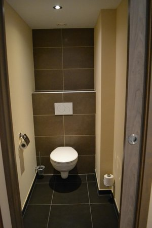 Hotel Melba : Bathroom