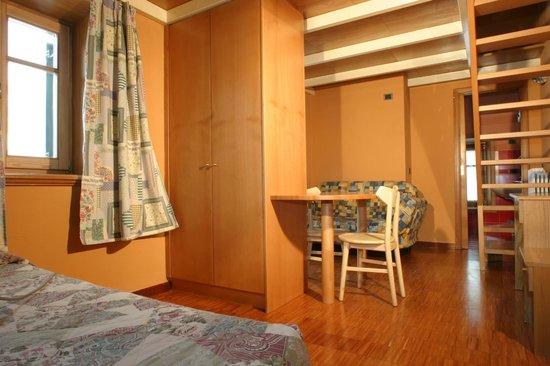 Soggiorno ABC - Picture of Appartamenti Astra, Livigno - TripAdvisor