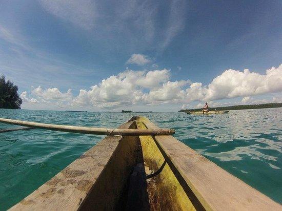 Lissenung Island Resort: Around the Island on a Dugout Canoe