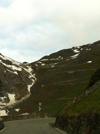 Passo dello Stelvio: Snow-lined pass on Jul 4