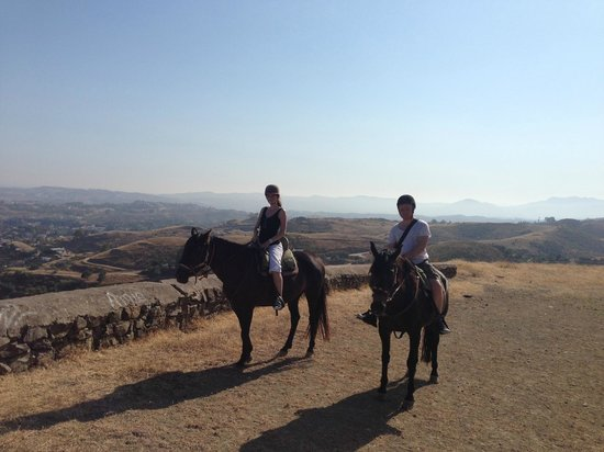 Rancho La Paz: On the mountain with the horses