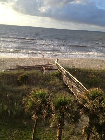 The Oceanfront Litchfield Inn: great view.  First time vacationing in Oceanfront Lichting Inn, SC